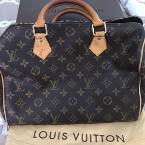 Authentic Louis Vuitton Speedy 30 Bag